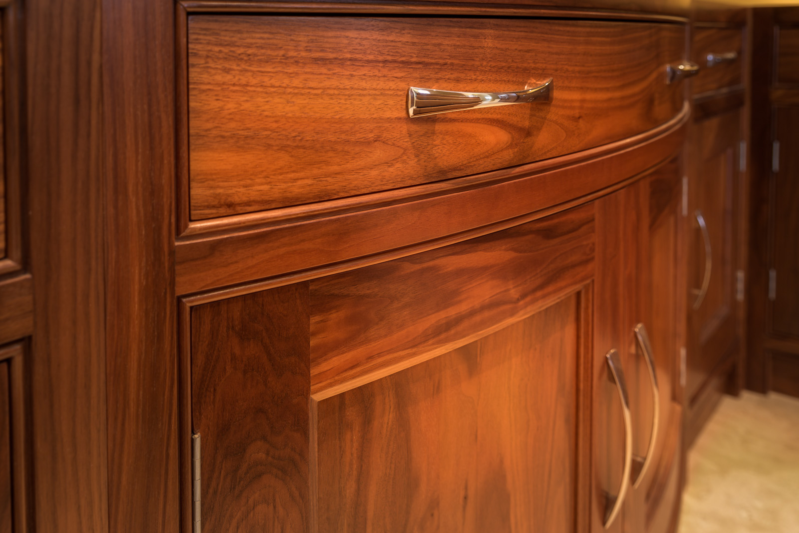 Walnut Curved Door Unit, Curved Door, Walnut Display